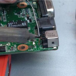 Toshiba Notebook 14 Zoll Lötarbeiten
