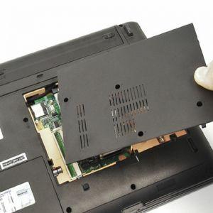 Toshiba Notebook 13,3 Zoll RAM-Austausch exkl. Ersatzteil
